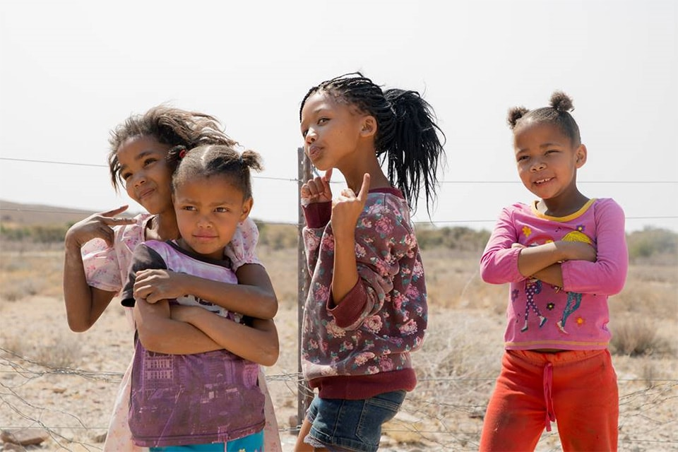ナミビアの元気な子供達の笑顔も貰いました。