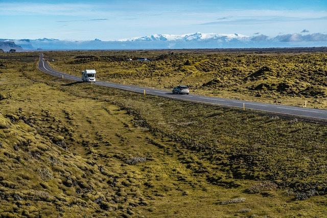 アイスランドを一周する国道1号線(リングロード)に沿い、オーロラを求めて周遊しました。