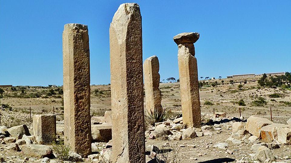 シバの女王との関連も推測されるコハイト遺跡 シバの女王との関連も推測されるコハイト遺跡 美しい紅
