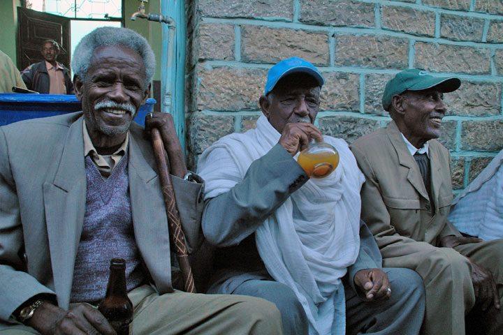 エチオピアの蜂蜜酒タッジ