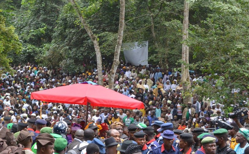 ナイジェリアでヨルバの人たちのお祭りを見学