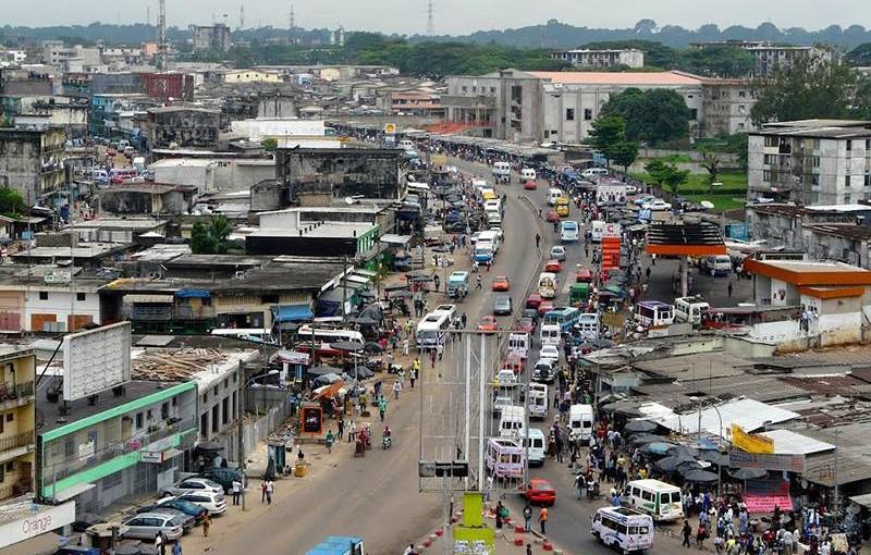 コートジボワール、アビジャンの公共交通事情