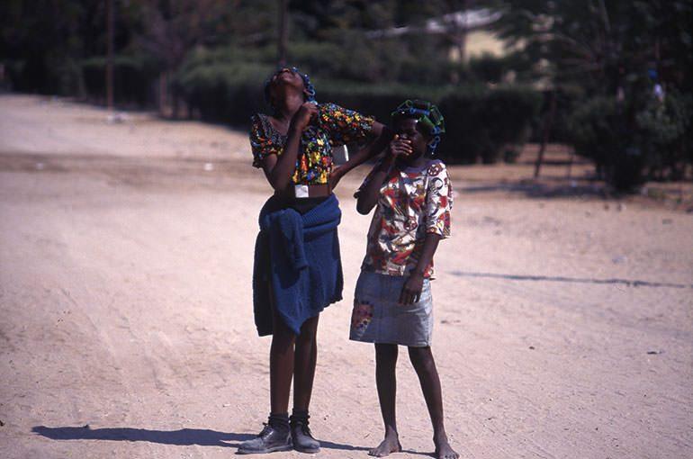 Africa Deep!! 42 アフリカ女性の命はヘアースタイルにつきる