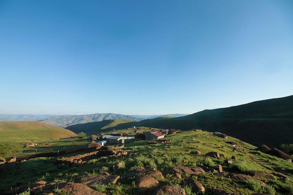 村の朝は清々しい空気に満ち溢れています