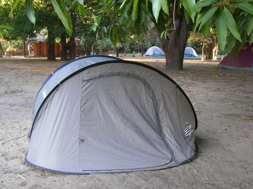 ツィンギ近くのキャンプ場