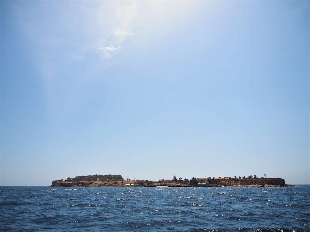 ダカールの沖合に浮かぶゴレの島。