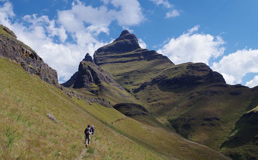 アフリカの山に登ろう! recommend 4 夢のロングトレイル ~ドラケンスバーグ山脈~