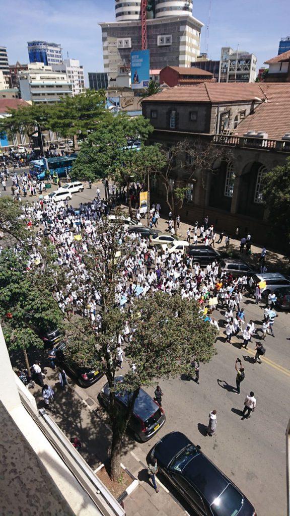 先日まで頻繁に行われていた医者によるデモ活動