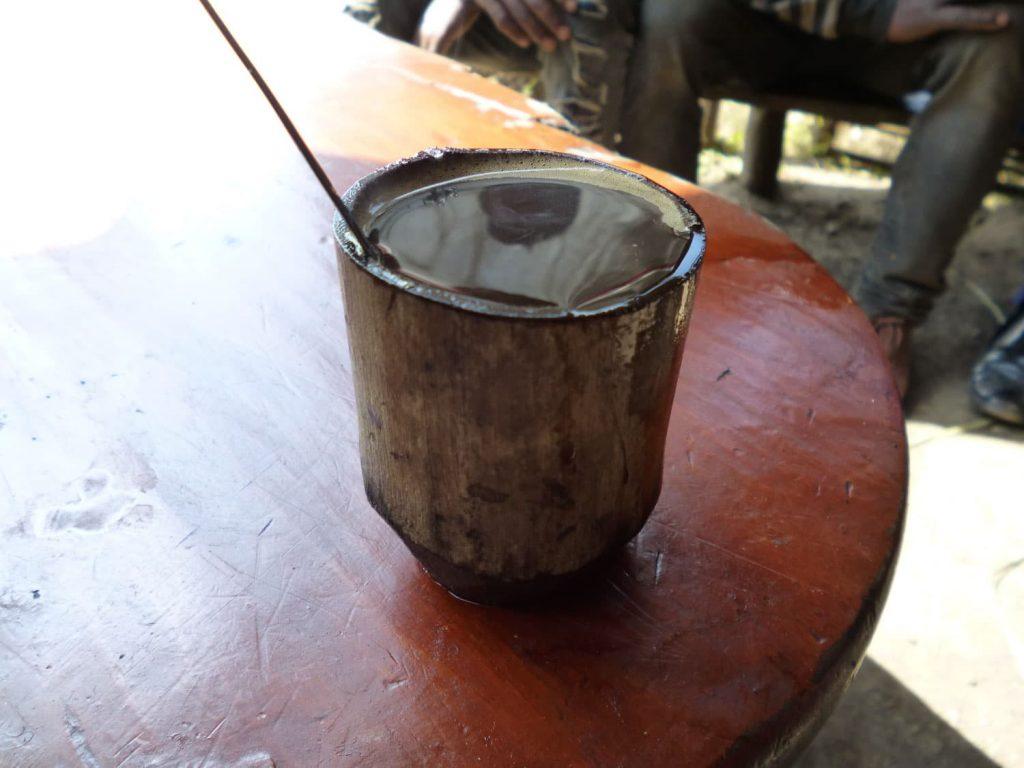 カッファ地域では伝統的にコーヒーカップに竹が利用されいます