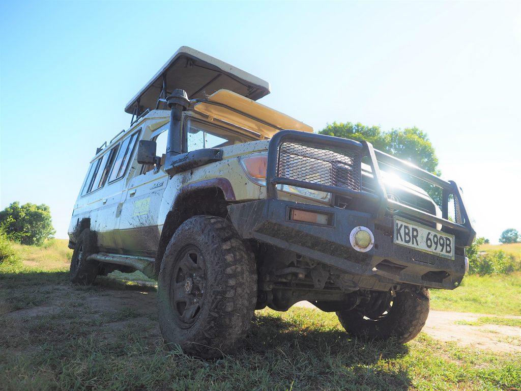 マサイ・マラ国立保護区に到着!随分走り抜けてきました。