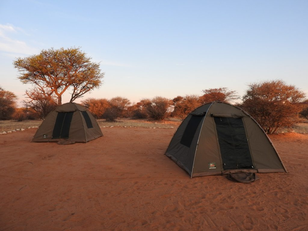 到着日はツァボン郊外のキャンプサイトで宿泊しました。