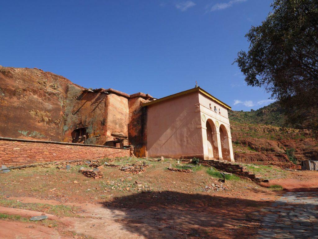 現存するエチオピア最古の教会の一つ、4世紀創建のアブレハ・ワ・アツベハ教会