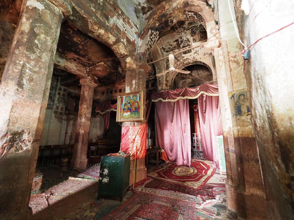 ユダヤ教徒の女王グディトによる焼き討ちの跡が残る天井