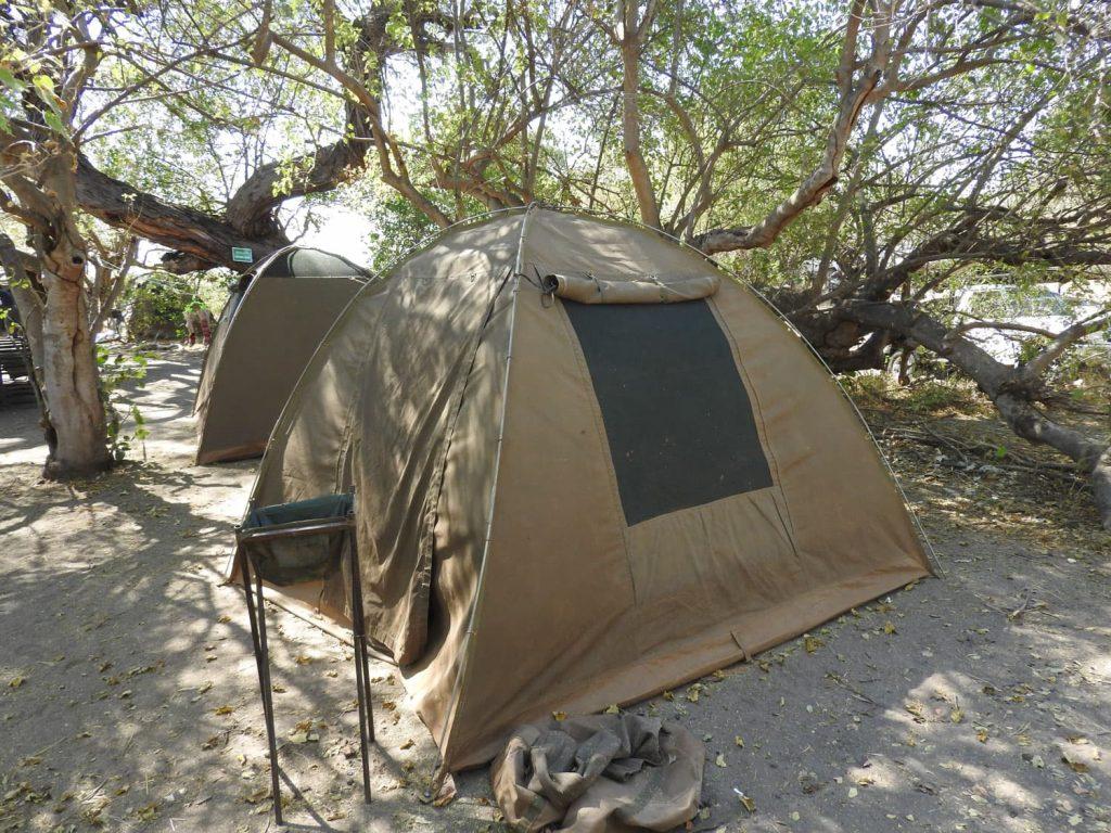 テントは一人一つでアレンジしてもらいました。寝袋も用意してくれました。